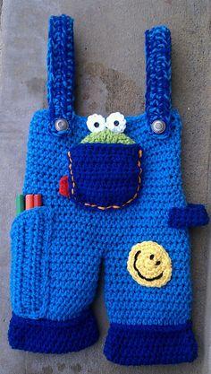 Blue jeans and mr squishy frog ♡ Teresa Restegui http://www.pinterest.com/teretegui/ ♡