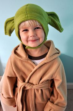 17 really cool diy star wars costumes for kids star wars costumes bathrobeyoda cap my future children diy solutioingenieria Gallery