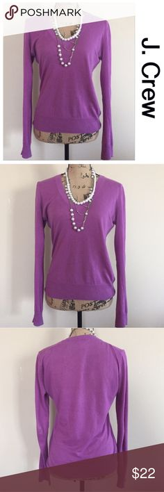 "J. Crew lilac sweater Lightweight lilac sweater from J. Crew. V neck, full length sleeves, pullover style. Fitted shape. The perfect spring/summer sweater! Size S. EUC. 100% cotton. Bust measures 20"", length 25 1/2"".  🛍 J. Crew Sweaters V-Necks"