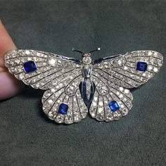 Antique Jewelry Loved this pretty little diamond and sapphire butterfly brooch with tiny ruby eyes and scalloped wings, early century, it's currently on view at Sotheby's. Crystal Jewelry, Sterling Silver Jewelry, Diamond Jewelry, Antique Jewelry, Vintage Jewelry, Antique Brooches, Diamond Rings, Gold Jewellery, Handmade Jewelry