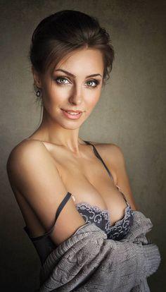 Hardcore italian porn babes