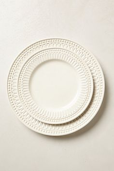 love love love this dinner & salad plate set ... the bowls too!