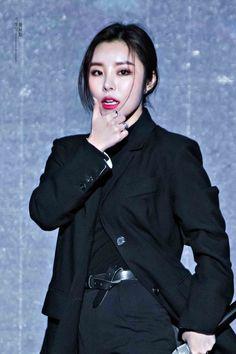 Kpop Girl Groups, Korean Girl Groups, Kpop Girls, Jeonju, Jin, Queens, Wheein Mamamoo, Homo, Solar Mamamoo