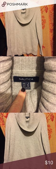 Cowl neck sweater Beautiful Nautica Cowl neck sweater in a light grey color. Light pilling noted around the arms. Otherwise very good used condition. Comes from a completely smoke free home. Nautica Sweaters Cowl & Turtlenecks