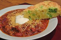 Combining the best of traditional recipes and the integration of new techniques and flavors is the basis for the modern southern cook. Broccoli Cheddar, Cornbread, Chili, Southern, Soup, Yummy Food, Chicken, Cooking, Modern