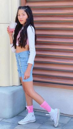 High Top Converse Outfits, White Converse, Swag Outfits For Girls, Girl Outfits, Fashion Outfits, 10 Year Old Girl, Braids For Black Hair, High School Girls, Tween Girls