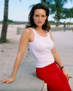 42 Sexy and Hot Carla Gugino Pictures - Bikini, Ass, Boobs - Sharenator - It's Human Nature To ShareSharenator – It's Human Nature To Share Gil Bellows, Bill Duke, Robert Forster, Tiny Woman, Kate Walsh, Carla Gugino, Danny Devito, Patrick Dempsey, Beautiful Black Women