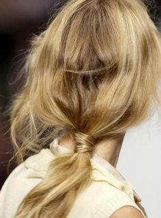 5 Hairstyles Ideal For Heat & Humidity | theglitterguide.com