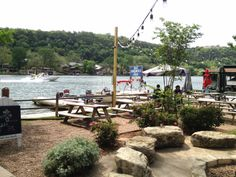Free Fun in Austin: Relaxing at Ski Shores Cafe - Plus GIVEAWAY!