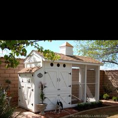 Best chicken coop ever via Brooke Giannetti.