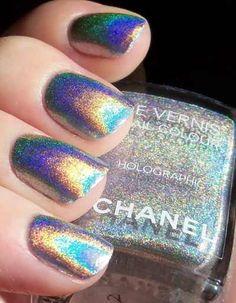 Hologram nails #nails #hologram #chanel