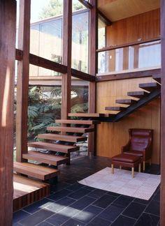 Haus Einrichtung Design dunkle Granitfliesen Holz Wandverkleidung