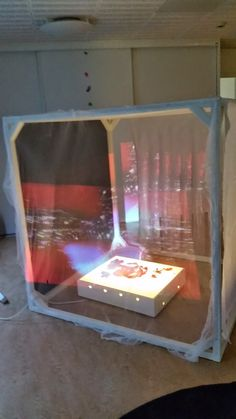 """""""Vi fastnade direkt för kuben och började bygga. Vi har nu två inne och två ute. De är så genialiska i all sin enkelhet"""" Anna Bergström Ek..."""
