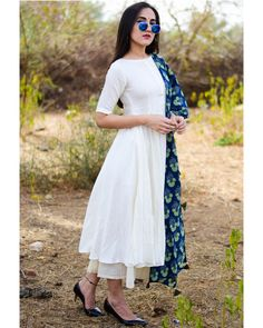 Indian designer outfits - White suit set with indigo dupatta Simple Kurti Designs, Stylish Dress Designs, Kurta Designs Women, Designs For Dresses, Stylish Dresses, Blouse Designs, Casual Indian Fashion, Indian Fashion Dresses, Dress Indian Style