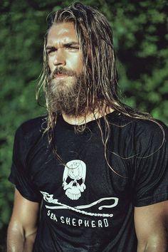Ben Dahlhaus ¡Sexy hipster man with beard! Ben Dalhaus, Gorgeous Men, Beautiful People, Hair And Beard Styles, Long Hair Styles, Sexy Bart, Long Hair Beard, Mode Man, Viking Men