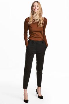 Wear to Work Outfit Ideas. Womens Casual Office Fashion ideas and dresses. Womens Work Clothes Trending in 34 Outfit ideas. Classy Outfits, Chic Outfits, Fashion Outfits, Style Casual, Work Casual, Outfits Pantalon Negro, Pants For Women, Clothes For Women, Professional Attire