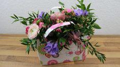 Blumen Tasche Geschenk für den Muttertag ❁ Deko Ideen mit Flora-Shop Shops, Planter Pots, Floral Wreath, Wreaths, Videos, Home Decor, Self, Decorating Ideas, Gifts