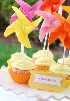 love this idea of a mini whirligig out of foam to decorate a cupcake