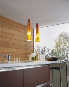 Lustre Gold Fire par METAL LUX http://www.mobiliers-arts-creations.com/fr/luminaires-design/249-lustre-verre-et-chrome--gold-fire-metal-lux-metal-lux-581512