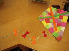 This Friday we're making kites (following the http://betterinbulk.net/2010/03/kite-directions-for-preschool.html model) at the Los Altos Preschool Story Time. A great way to end the Spring session!