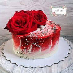 Healthy Delicacies - We love food Unique Cakes, Elegant Cakes, Creative Cakes, Gorgeous Cakes, Pretty Cakes, Amazing Cakes, Bolo Floral, Floral Cake, Painted Cakes