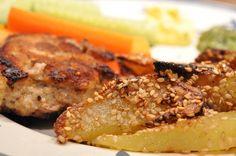 Karbonader og sprøde sesamkartofler med pesto og aioli