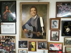 Outlaw Country, Waylon Jennings, Gallery Wall, Home Decor, Voyage, Decoration Home, Room Decor, Home Interior Design, Home Decoration