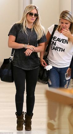 Boarding all blondes! Hilary Duff was spotted arriving to LAX to catch a flight on Tuesday...