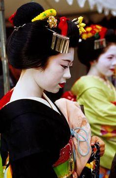 Geishas  | Insolit V