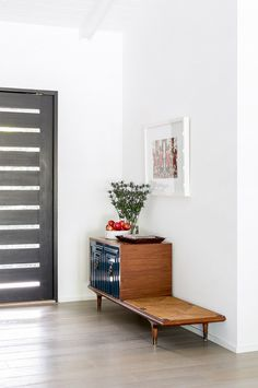 Home Tour: Inside An Interior Designer's Midcentury Renovation via @domainehome