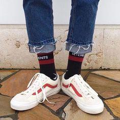 "Gefällt 2,441 Mal, 11 Kommentare - STREETWEAR® (@vanwear) auf Instagram: ""good morning @stretewear"""