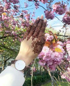 Modern Henna Designs, Indian Mehndi Designs, Back Hand Mehndi Designs, Mehndi Designs 2018, Mehndi Designs Book, Mehndi Design Pictures, Mehndi Designs For Girls, Mehndi Designs For Beginners, Wedding Mehndi Designs