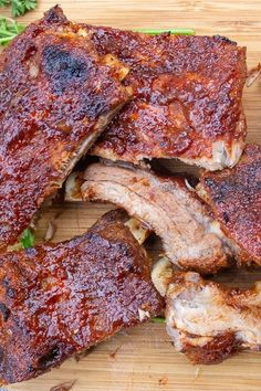 Years ago I discovered this copycat recipe of the famous Montreal back ribs we loved. Sweet, sticky, tender and delicious. We included three ways to make them, but make no mistake, it& the glaze that is unique and awesome. Rib Recipes, Copycat Recipes, Grilling Recipes, Chicken Recipes, Cooking Recipes, Healthy Recipes, Sous Vide Cooking, Cooking On The Grill, Bbq Ribs