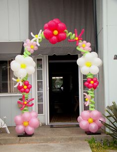 balloon arch - mimi's birthday