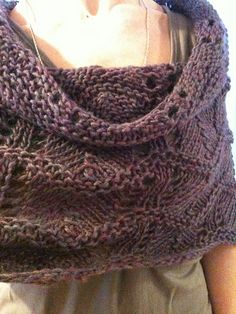 Ravelry: LellyK's Lacey shoulder cowl