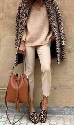 35 Stylish Street Style Outfit To Inspire Yourself Classy Fall Outfits, Best Casual Outfits, Fall Winter Outfits, Winter Fashion, Modest Outfits, All Star Branco, Fashion Moda, Womens Fashion, Smart Casual Women