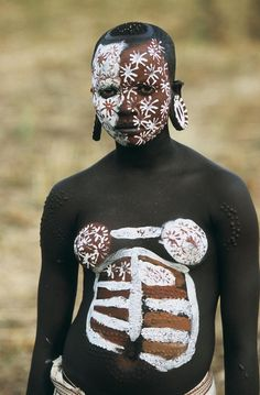 """Africa   """"People from the Omo Valley"""", Ethiopia   ©Hans Silvester"""