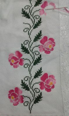 1 million+ Stunning Free Images to Use Anywhere Cross Stitch Heart, Cross Stitch Borders, Modern Cross Stitch, Cross Stitch Flowers, Cross Stitch Designs, Cross Stitching, Cross Stitch Embroidery, Embroidery Patterns, Hand Embroidery