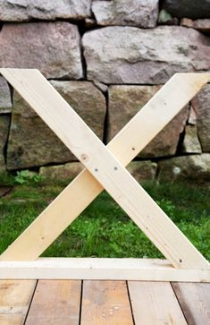 Indoor Firewood Rack, Picnic Table, Diy And Crafts, Pergola, Sweet Home, Planters, Woodworking, Make It Yourself, Furniture