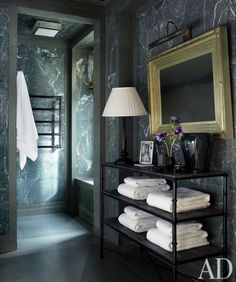"""Green marble bath: March 2011 issue of Architectural Digest, -A Manhattan """"Versailles in the Sky"""" designed by the Michael Smith. Architectural Digest, Br House, Interior And Exterior, Interior Design, Interior Modern, Ad Design, Modern Luxury, Luxury Interior, Manhattan Apartment"""