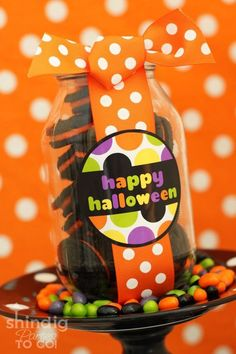 Happy Halloween Jar Tag from Amanda Parker and Family.  31 FREE Halloween Printables on Frugal Coupon Living. Halloween freebies for kids, adults and the home.