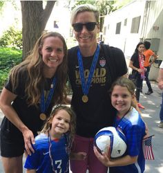 Abby Wambach and the Rampones. (Instagram)