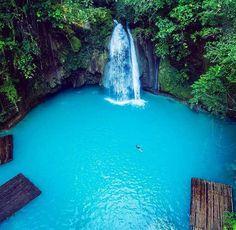 That blue! Kawasan Falls. Cebu, Philippines. I'm freaking going!!!