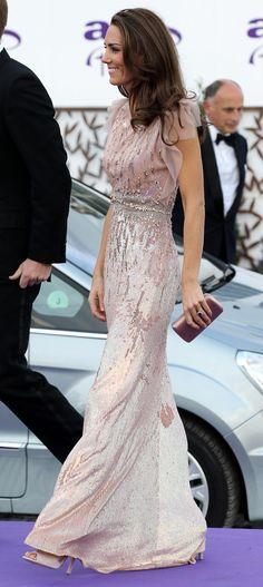 Stunning nude shimmery dress. Kate Middleton in Jenny Packham