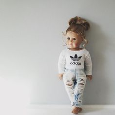 american girl house Doll photography ideas american girls new ideas Ropa American Girl, American Girl House, Custom American Girl Dolls, American Girl Doll Pictures, American Girl Crafts, American Doll Clothes, Ag Doll Clothes, American Dolls, American Girl Outfits