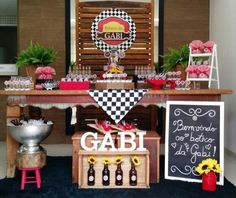20th Birthday, Birthday Parties, Ideas Para Fiestas, Party Themes, Table Decorations, Holiday Decor, Home Decor, 21st Party, Italian Party Decorations