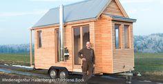 Tischlermeister Christian Bock baut transportable Tiny Houses für die Nutzung auf deutschen Straßen.