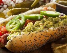 Hot dog au guacamole léger : http://www.fourchette-et-bikini.fr/recettes/recettes-minceur/hot-dog-au-guacamole-leger.html