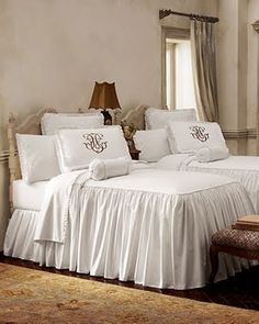 I MUST have this bedspread in my guest room!