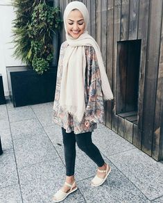 T adarkurdish hijab hijab fashion street hijab fashion. Modern Hijab Fashion, Street Hijab Fashion, Hijab Fashion Inspiration, Muslim Fashion, Modest Fashion, Style Inspiration, Hijab Casual, Hijab Chic, Hijab Styles